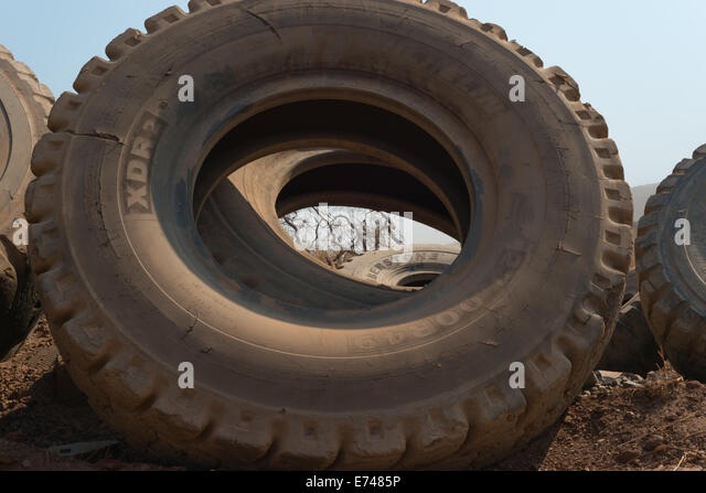 Goodyear Tyres Stock Photos & Goodyear Tyres Stock Images ...