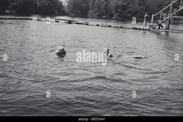 Stowe school stock photos stowe school stock images alamy for Swimming pools buckinghamshire