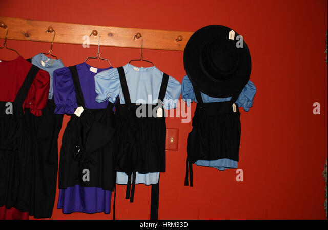 Amish Children's clothing for sale in Lititz, PA restaurant - Stock Image