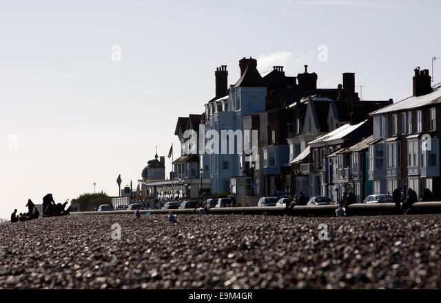 Looking south along the seafront at Aldeburgh in Suffolk - Stock Image