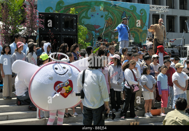 Children participating in the Los Angeles Earth Day events - Stock Image