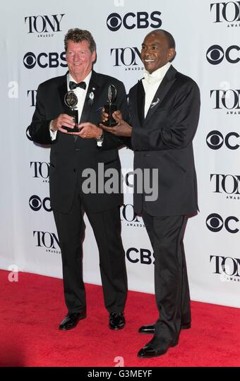 New York, NY, USA. 12th June, 2016. Howell Brinkley, Paul Tazewell in the press room for 70th Annual Tony Awards - Stock Image