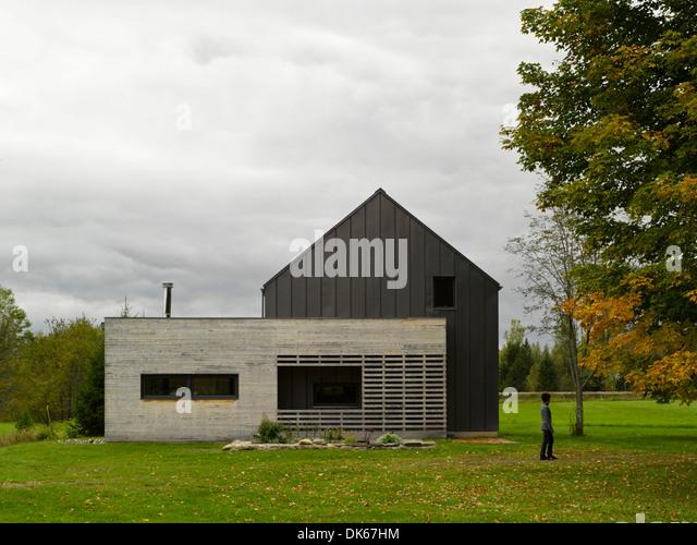 Compton farm stock photos compton farm stock images alamy - Maison freshwater brewster hjorth architects ...