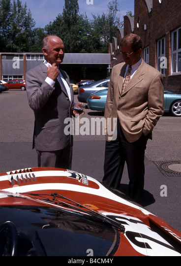 Ferdinand Piech and Wendelin Wiedeking, VW Volkswagen, Porsche, Portrait, talking - Stock Image