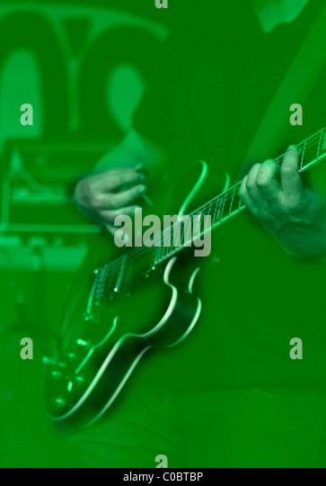 Randy Randall plays guitar. NO AGE at Rhinos in Bloomington Indiana. September 15, 2010. - Stock-Bilder