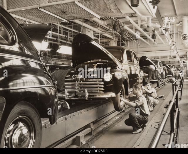 Assembly line 20th century stock photos assembly line for 20th century motor company