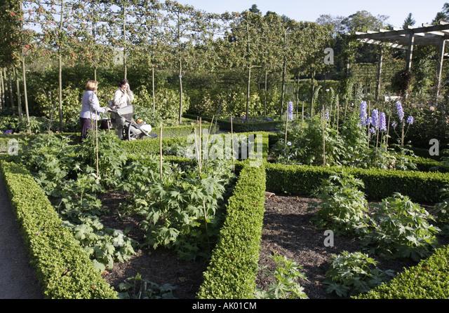 UK, England, Alnwick, The Alnwick Garden, The Ornamental Garden, - Stock Image