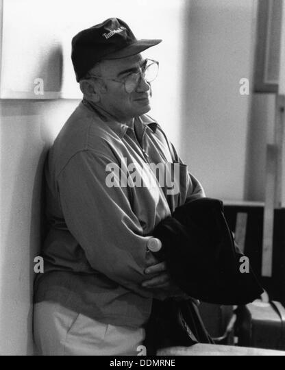 Lionel Bart (1930-2000), British composer, 1992. Artist: Sidney Harris - Stock Image