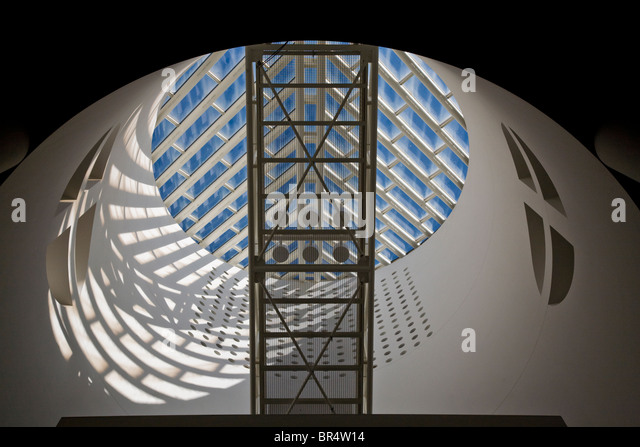 Architectural detail in the SAN FRANCISCO MUSEUM OF MODERN ART - SAN FRANCISCO, CALIFORNIA - Stock Image