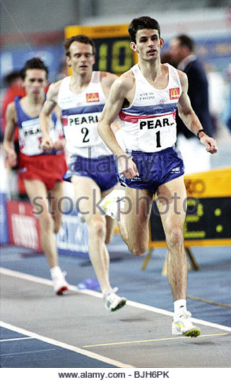 29/01/93 PEARL INTERNATIONAL ATHLETICS KELVIN HALL - GLASGOW Great Britain's Rod Finch (right) in action - Stock Image