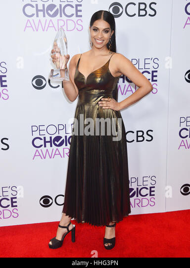 Lilly Singh 269 arriving at the People's Choice Awards 2017 at the Microsoft Theatre in Los Angeles. January - Stock-Bilder
