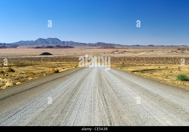 Gravel road in the Karas region of southern Namibia. - Stock Image