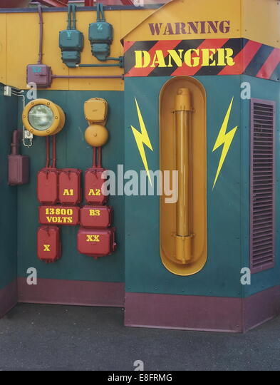 Varning Danger 13800 Volts - Stock Image