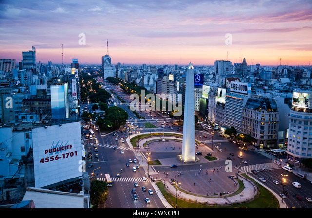 View over Avenida 9 Julio and the obelisk in Plaza Republica, Buenos Aires, Argentina. - Stock Image