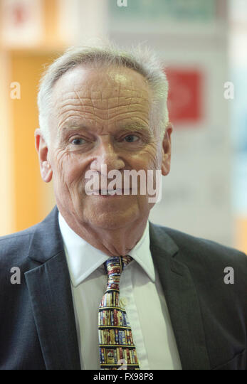 London, UK. 12th April, 2016. Jeffrey Archer giving a talk at the English PEN Literary Salon at the London Book - Stock Image