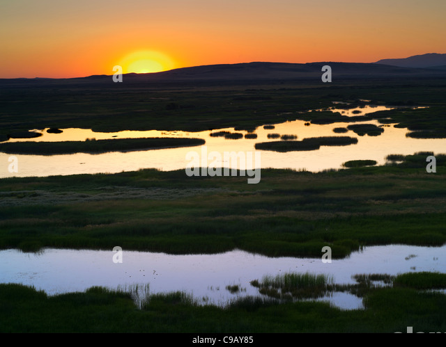 Buena Vista Ponds at Sunrise. Malhuer National Wildlife refuge. Oregon - Stock-Bilder