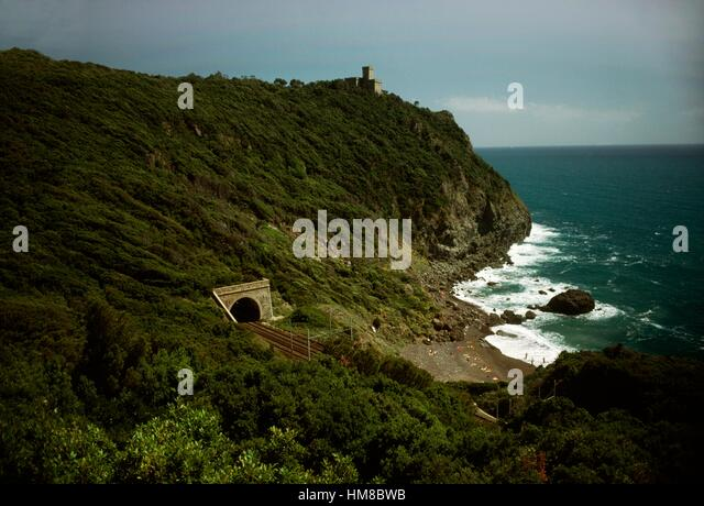 Cliff of the Romito with the Sonnino Castle in the background, Livorno, Tuscany, Italy. - Stock Image