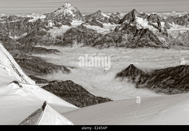 mountaineers-on-a-narrow-ridge-high-on-m