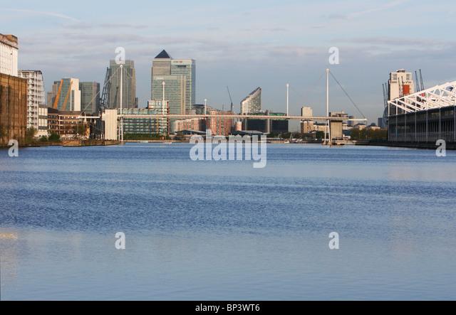 Skyline Canary Wharf In London Stock Photos Amp Skyline Canary Wharf In London Stock Images Alamy