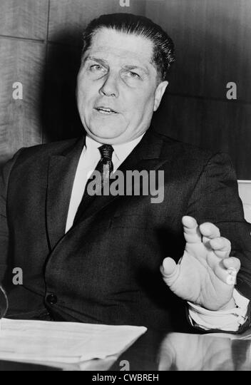 Jimmy Hoffa: A Stain in the History of Unionism in the US - Research Paper Example
