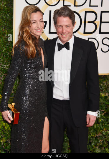 Los Angeles, California, USA. 08th Jan, 2017. Los Angeles, USA. 08th Jan, 2017. Hugh Grant, Anna Eberstein 225 arriving - Stock Image