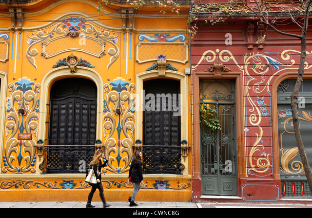 Paseo del Filete, Houses facade painted in Filete style in Abasto neighbourhood, Buenos Aires, Argentina. - Stock Image