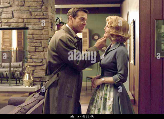julianne moore far from heaven stock photos julianne moore far from heaven stock images alamy. Black Bedroom Furniture Sets. Home Design Ideas