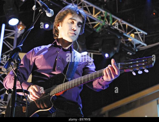 Vyacheslav butusov at donate life charitable concert to raise money