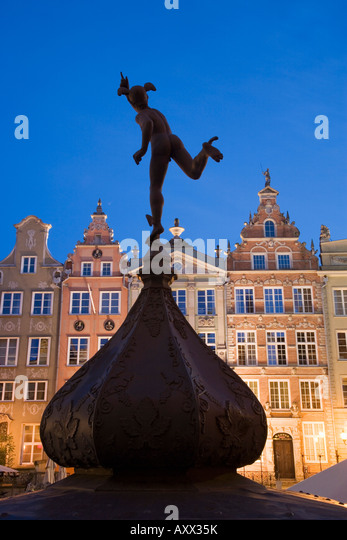 Dlugi Targ (Long Market), lined with medieval houses, Gdansk, Pomerania, Poland, Europe - Stock Image