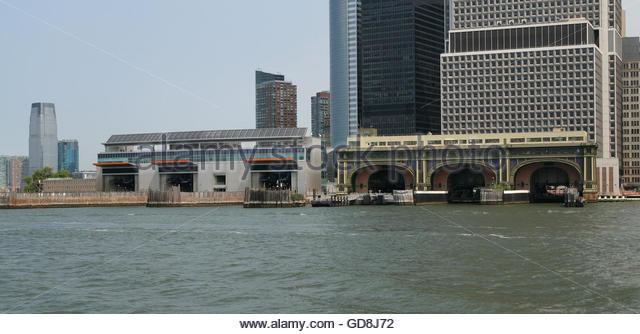 Staten Island Ferry Old Building Address