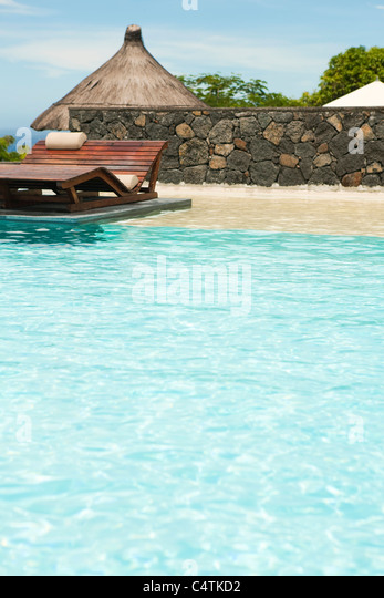 Resort swimming pool - Stock-Bilder