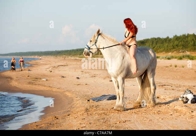 white horse beach single muslim girls Need a bachelorette party limo in the white horse beach, ma area gigmasters can help you choose the best transportation service for your girls night out start here.