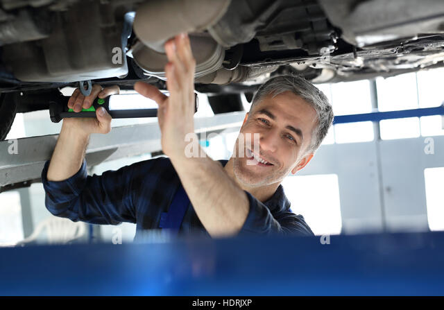 Vehicle inspection station stock photos vehicle for Abc motor credit inventory