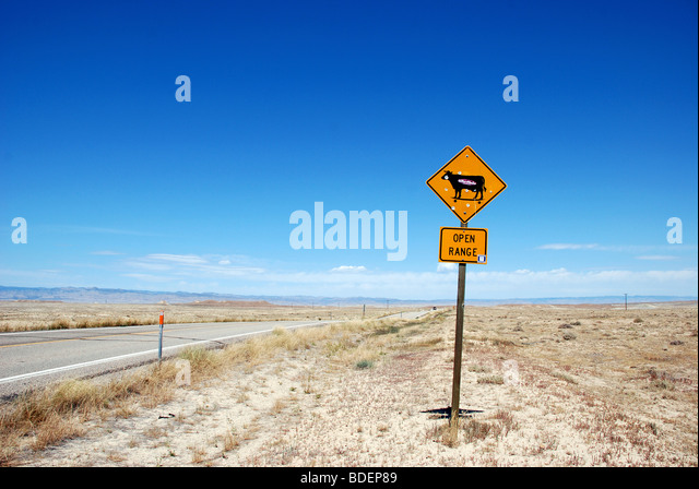 Open Range traffic sign by the side of the road in Utah - Stock Image