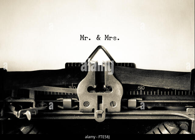 Mr & Mrs words typed on a vintage typewriter - Stock Image