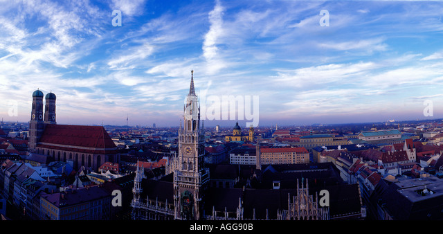 downtown panoramic look at Frauenkirche and Rathaus of Munich Bavaria Germany Europe. Photo by Willy Matheisl - Stock Image