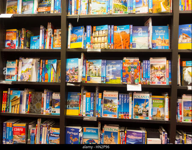 Travel books in Waterstones bookshop in England. UK - Stock-Bilder