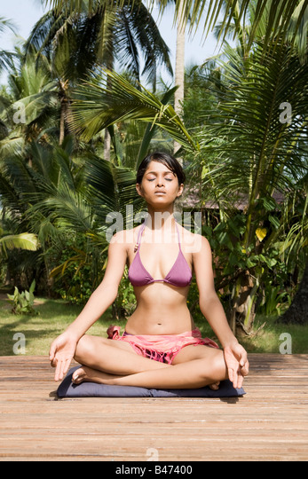 Woman meditating - Stock-Bilder