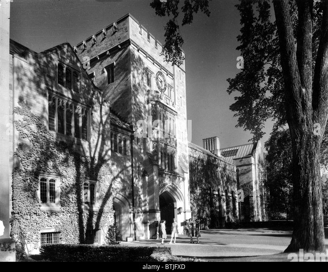 VASSAR COLLEGE, Taylor Hall.  Poughkeepsie, NY 1940's. - Stock-Bilder