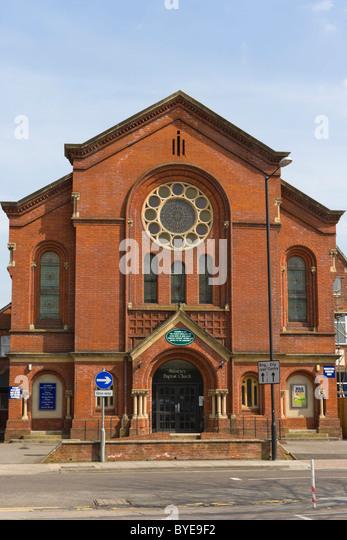 Salisbury baptist church brown street stock photos - Olive garden colonial heights va ...