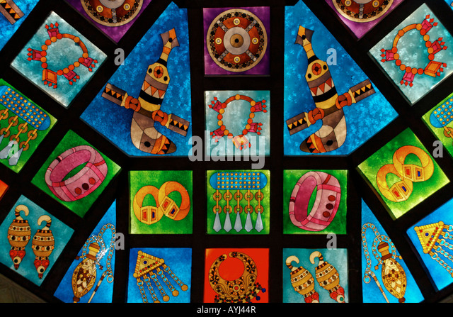 Oman Muscat Mutrah Souk colorful glas cupola  with oriental ornaments - Stock Image