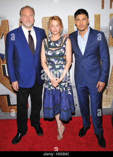 New York, NY- September 19: Vincent D'Onofrio, Haley Bennett and Martin Sensmeier attends the 'The Magnificent - Stock-Bilder