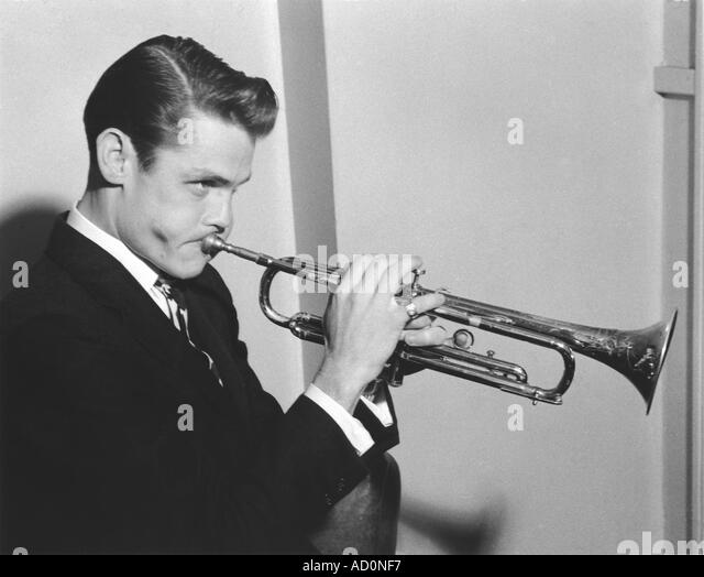 Chet Baker. Photo by Harry Hammond, UK, 1950s. - Stock Image