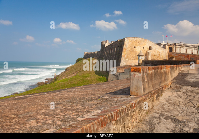 The walls of the San Cristobal Castle overlooking the Caribbean Sea in San Juan, Puerto Rico, West Indies. - Stock Image