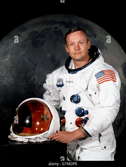 neil-armstrong-astronaut-official-nasa-p