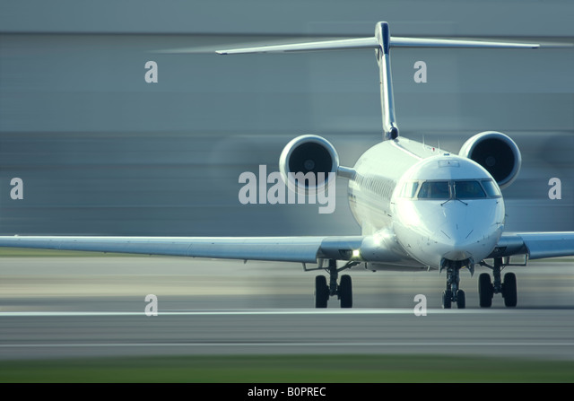 Regional airliner taxiing - Stock Image