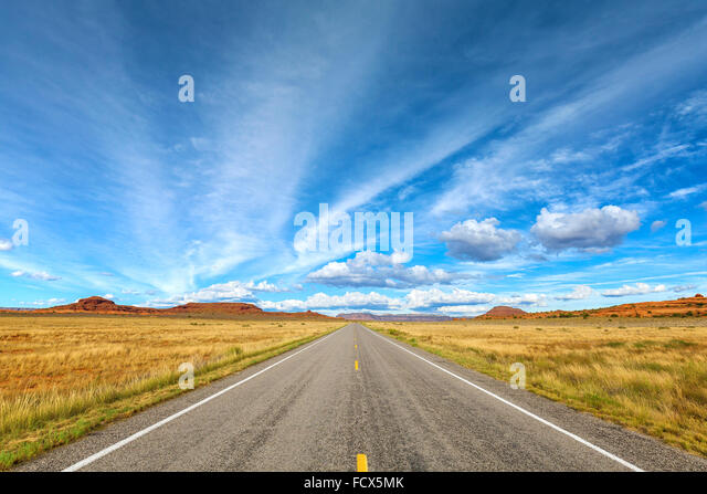 Country road picture, travel concept. - Stock-Bilder