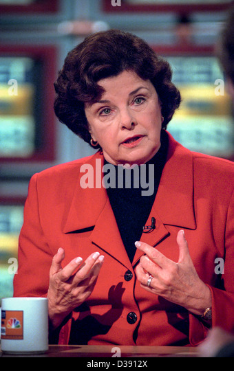 Senator Dianne Feinstein (D-CA) discusses the ongoing scandal involving President Clinton during NBC's Meet - Stock Image