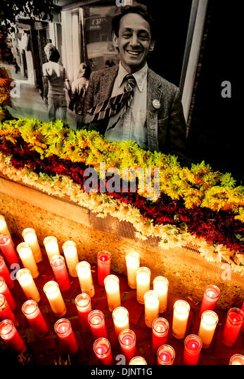 San Francisco, California, USA. 27th Nov, 2013. Candles surround a picture of Harvey Milk during a candlelight vigil - Stock Image