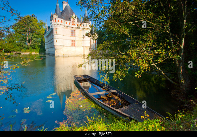 D'Azay-le-Rideau Castle, Loire Valley, France, castle built in middle ages, Indre River - Stock-Bilder